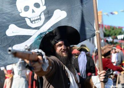 piratas-bastion-producciones-lobos-negros